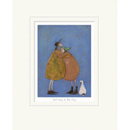 Last hug of the day by Sam Toft